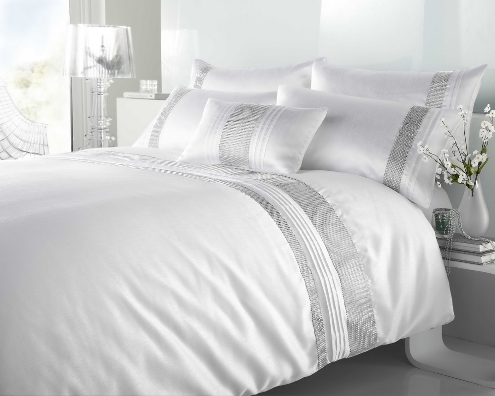 Stunning White Diamante Duvet Cover Sets Double King